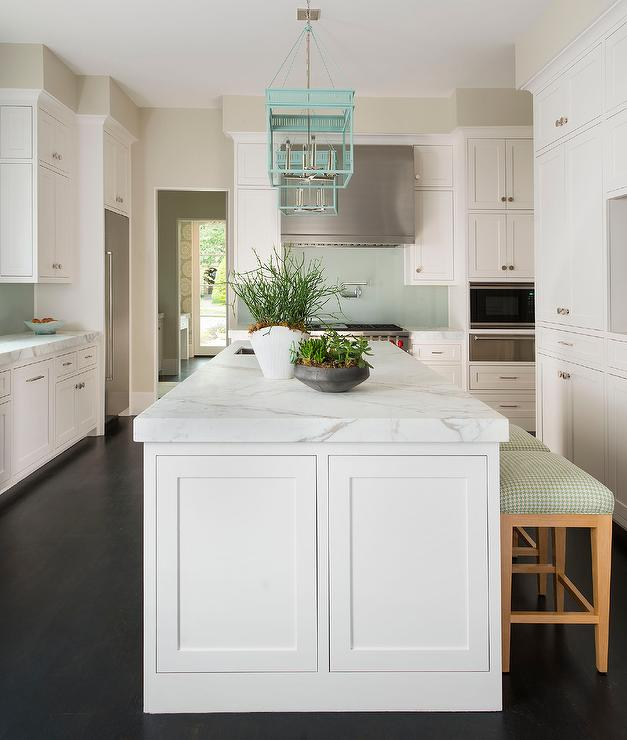 Mint Green Kitchen: White Kitchen Island With Turquoise Lanterns And Mint
