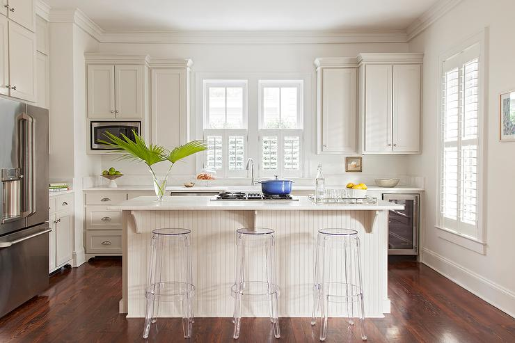 Ivory Beadboard Kitchen Island With Casper Bar Stools