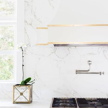 Lincoln Gold Vein Marble Countertops Design Ideas