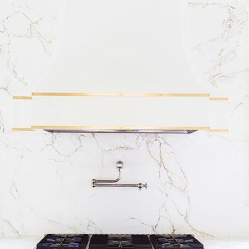 Alyssa Rosenheck: White Quartz CountertopThat Looks Like Marble