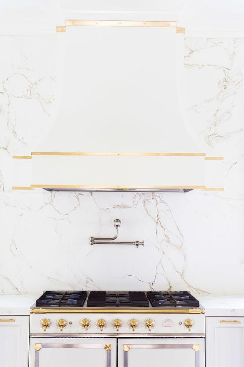 alyssa rosenheck white quartz countertopthat looks like marble. Black Bedroom Furniture Sets. Home Design Ideas