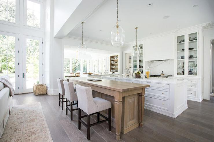 Center Island Doubles As Dining Table Transitional Kitchen