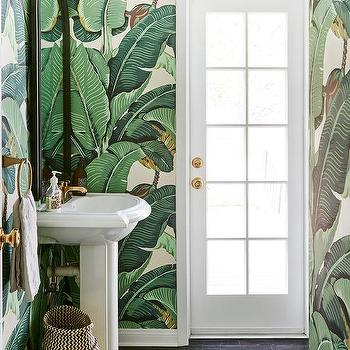 Banana Leaf Wallpaper Design Ideas