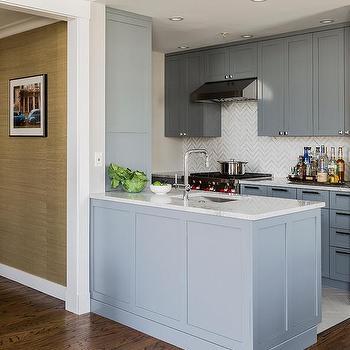 Small Kitchen Peninsula Design Ideas