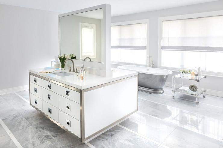 His and hers double faced washstands contemporary bathroom for His and hers bathtub