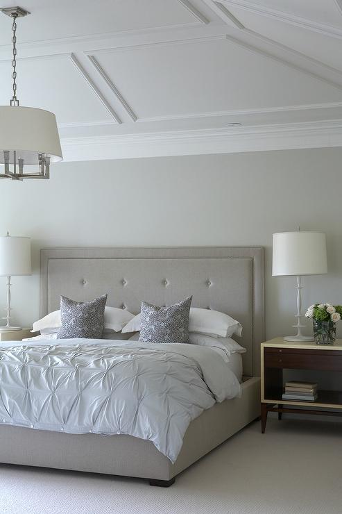 Master bedroom vaulted ceiling decorating ideas Master bedroom lighting ideas vaulted ceiling