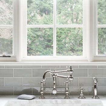 Gray Kitchen Subway Tiles Design Ideas