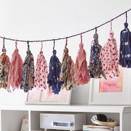 Multicolor Tassels Fabric Garland