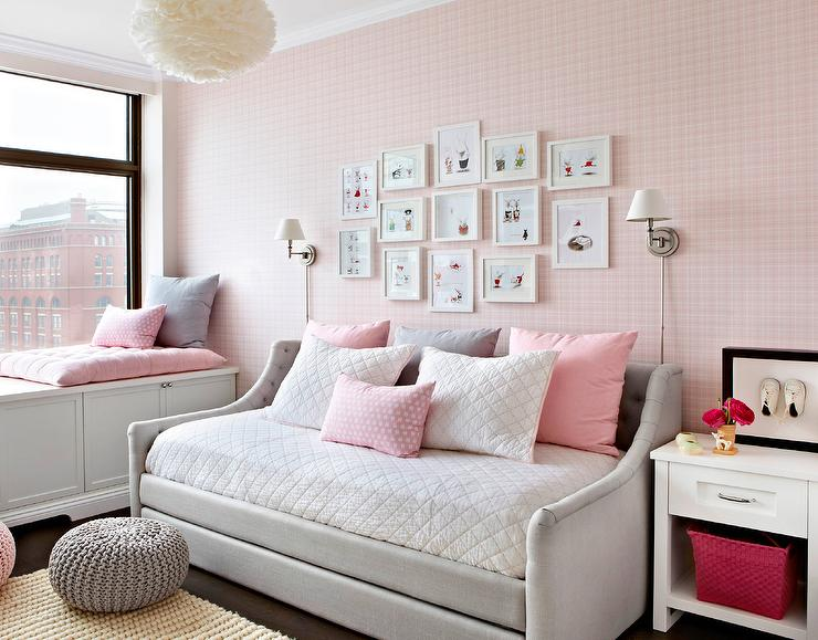 Pink Knot Pillow