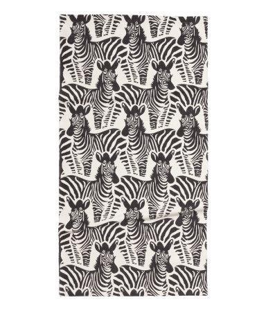 Zebra patterned black and white rug for Black and white patterned carpet