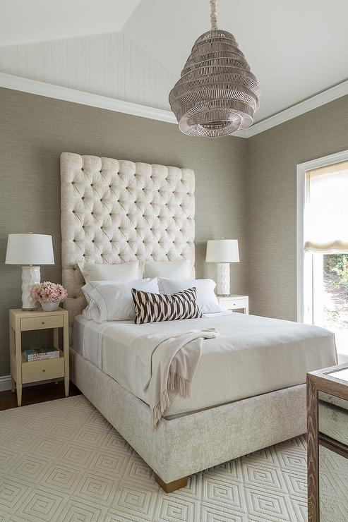 Cream and gray bedroom with gray grasscloth transitional for Bedroom decorating ideas with grey walls