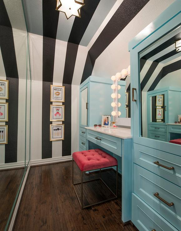 Long kids closet with white and black striped walls and - Black and white striped wall ...