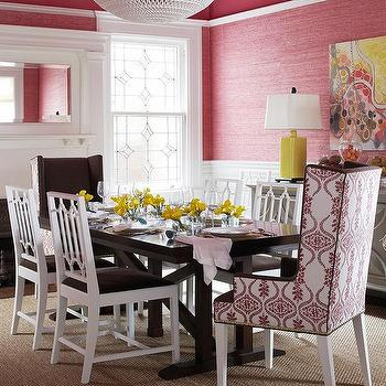 Pink And Brown Dining Room With Glossy Ceiling