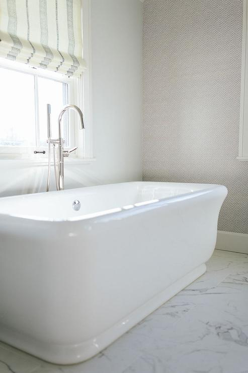Bathtub Under Window Design Ideas