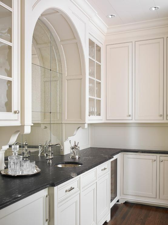Glam Wet Bar With Arched Antiqued Mirrored Backsplash