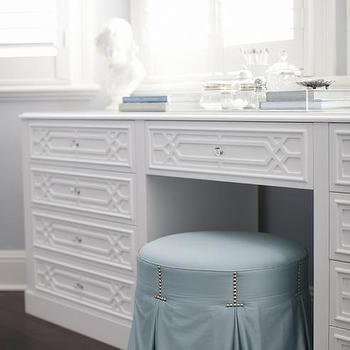Round Blue Skirted Vanity Stool with Makeup Table Below Bay Windows & Makeup Vanity Under Bay Window Design Ideas islam-shia.org