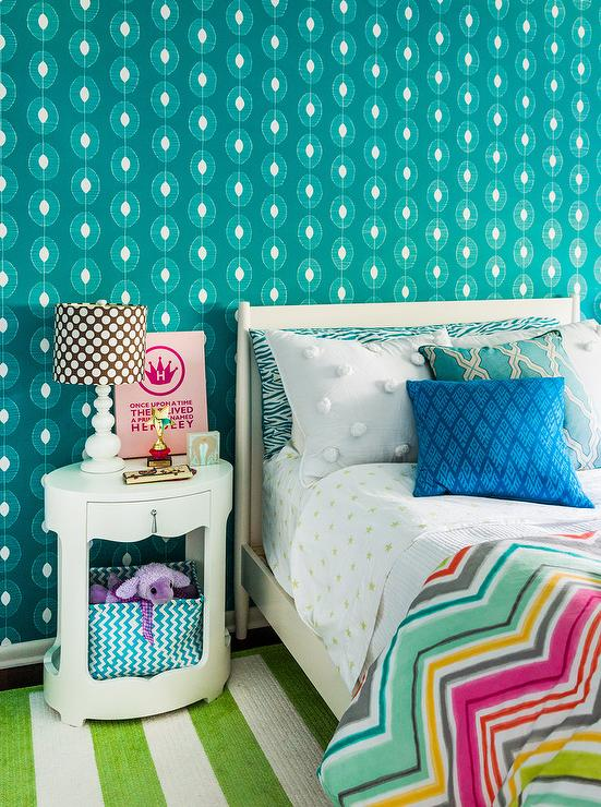 Teal and Green Teenage Girls Bedroom with Oval Nightstand ...