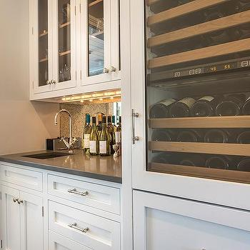 Wet Bar With Under Cabinet Lighting