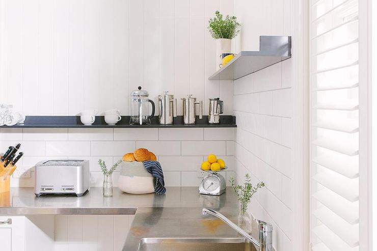 White Kitchen Design Ideas - White kitchen counters