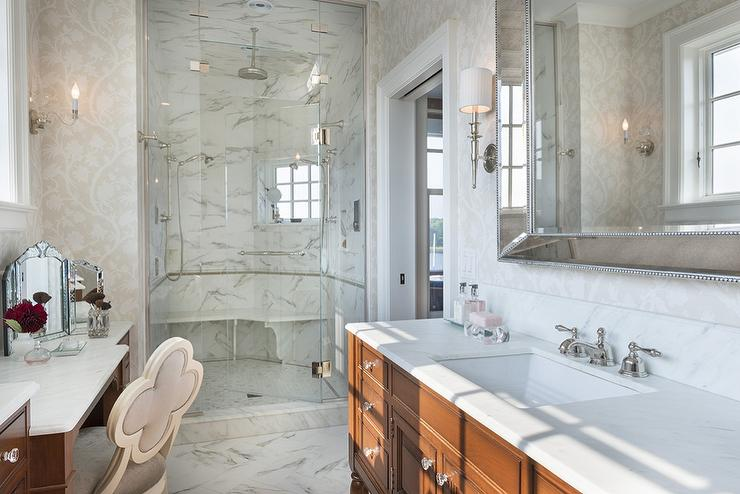 Walk In Shower With Curved Marble Bench
