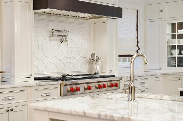 White Interlocking Circles Backsplash Tiles By Walker Zanger Extraordinary Walker Zanger Backsplash