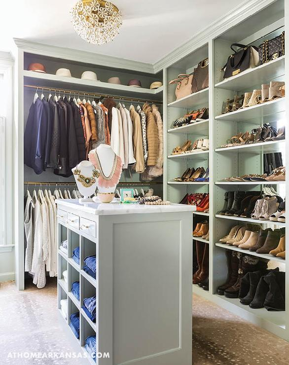 Paint gallery sherwin williams greens paint colors and brands design decor photos - Walk in closet paint ideas ...