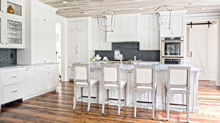 White Cottage Kitchen With Black Stacked Backsplash And
