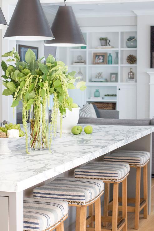 Beige Counter Stools Design Ideas