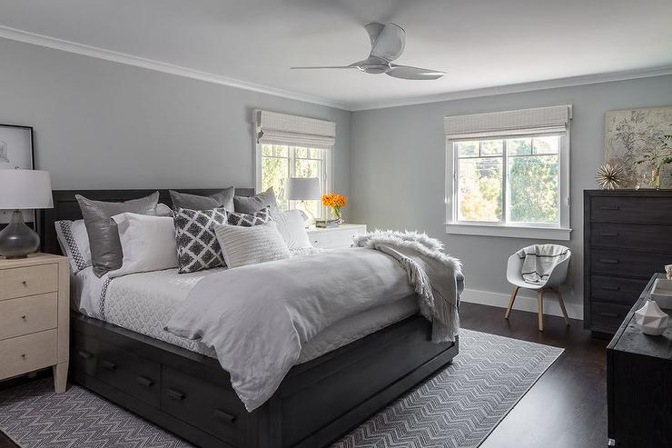 Good Gray And Black Bedroom With Black Bed With Drawers