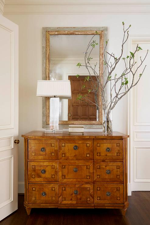 Foyer Chest With Mirror : White foyer chest with yellow ginger jar vase