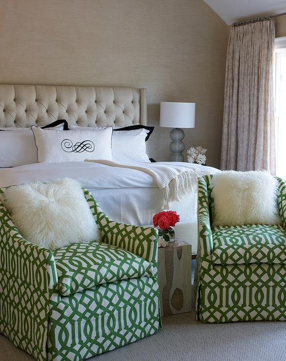 Cream Tufted Bed with White and Black Bedding and Green ...