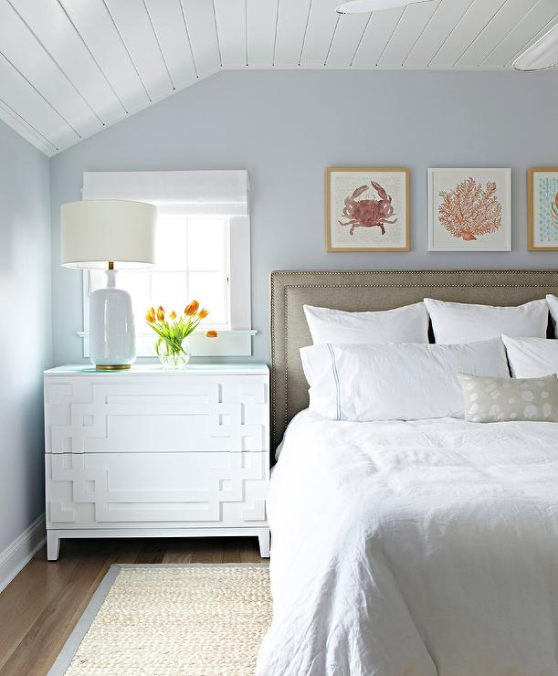 Light Grey Bedroom Ideas: Cottage Bedroom With Shiplap Ceiling