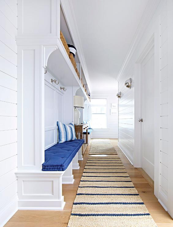 Long Beach Bungalow Mudroom With Blue Striped Jute Rugs Cottage