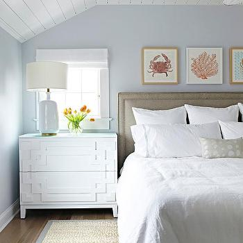 Gray And Blue Beach Bungalow Bedroom With Bound Sisal Rug