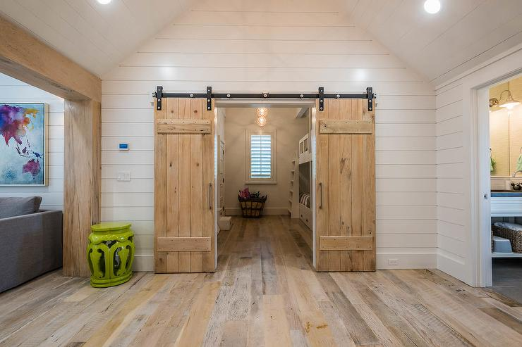 Barn Doors Design Ideas