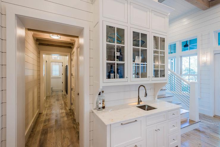 Beach Bungalow Wet Bar With Shiplap Backsplash
