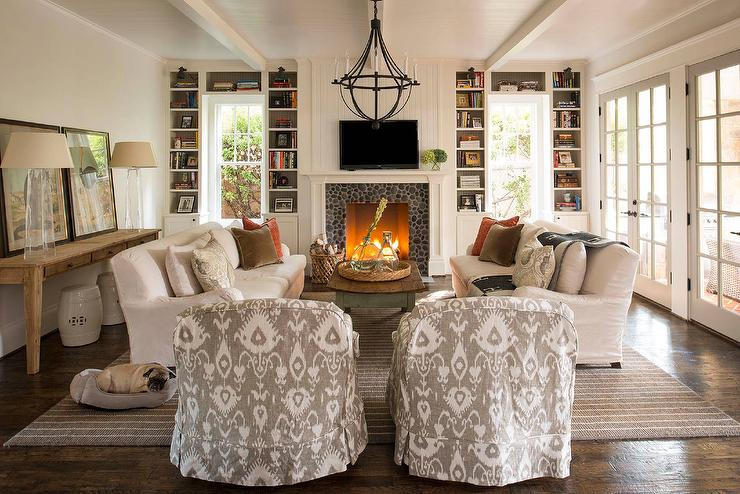 White And Gray Cottage Living Room With Pebble Fireplace Tile Surround