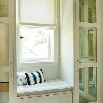 Pleasing Closet Built In Window Seat With Drawer Design Ideas Spiritservingveterans Wood Chair Design Ideas Spiritservingveteransorg