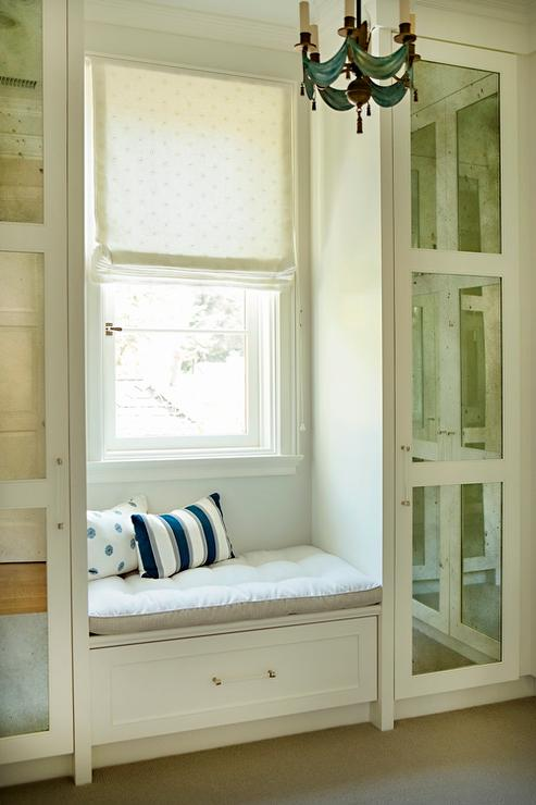 Fabulous Closet Built In Window Seat With Drawer Design Ideas Evergreenethics Interior Chair Design Evergreenethicsorg