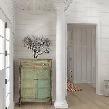Interior Foyer Columns Design Ideas