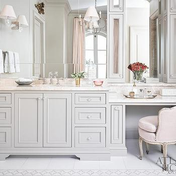 Ordinaire Pink And Gray Master Bathroom With Pink Velvet French Vanity Chair