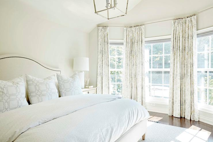 Https Www Decorpad Com Search Gray Bedroom With Ivory Curtains