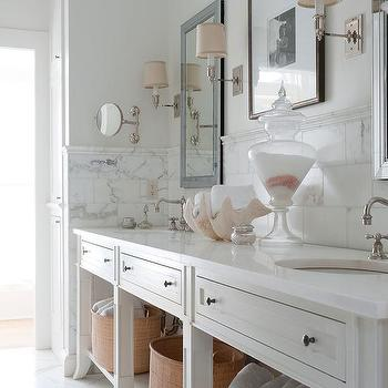 Incroyable White Master Bathroom With Pale Pink Accents