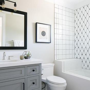 Diamond Pattern Mirrored Backsplash Contemporary Bathroom
