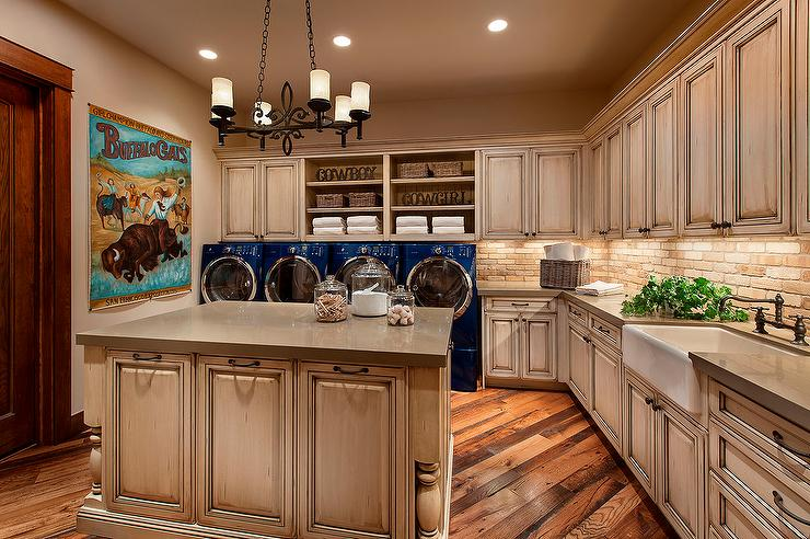 Red brick laundry room backsplash design ideas