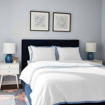 Paint gallery benjamin moore feather gray paint colors and brands design decor photos for Benjamin moore bedroom colors 2016