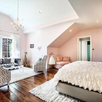 Kid Bedroom Seating Area Design Ideas