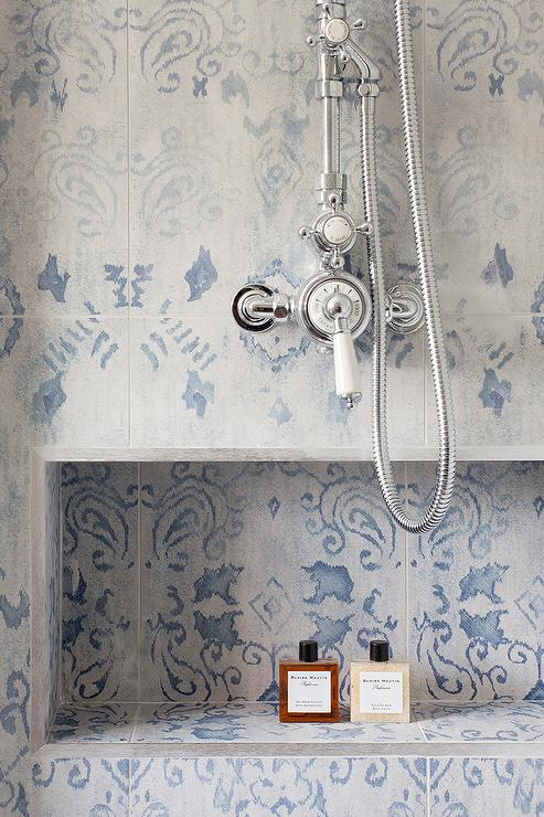 Gray mosaic tiled shower niche design ideas - Blue tiled bathroom pictures ...