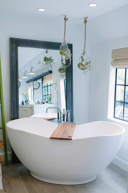 Window Behind Tub Design Ideas