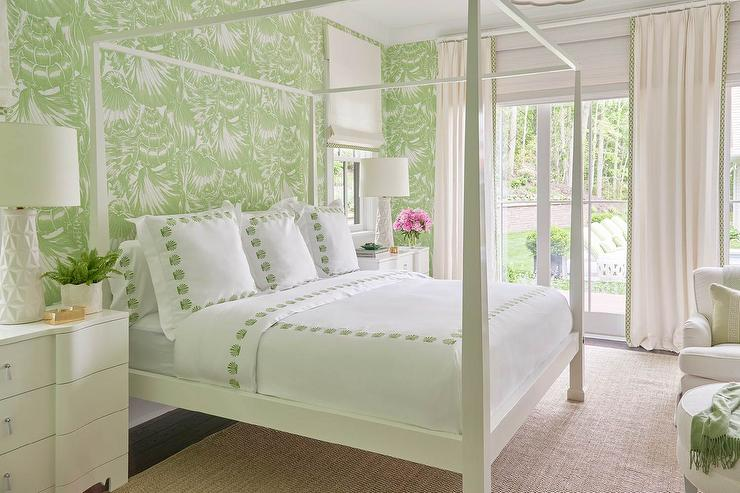 Interior design inspiration photos by meg braff interiors for Green bedroom wallpaper